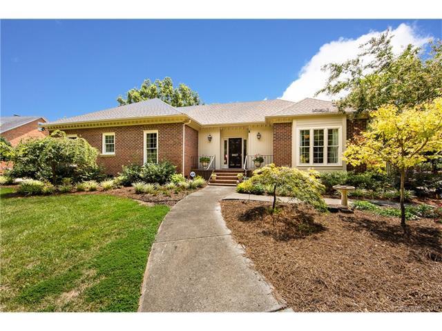 9627 Penshurst Trace, Charlotte, NC 28210 (#3302918) :: Pridemore Properties