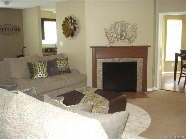 5821 Amity Springs Drive #5821, Charlotte, NC 28212 (#3303845) :: Puma & Associates Realty Inc.