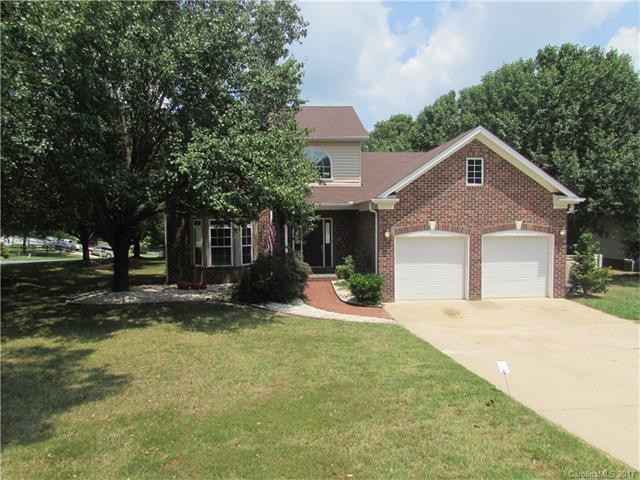 5580 Berry Ridge Drive, Harrisburg, NC 28075 (#3303946) :: Puma & Associates Realty Inc.