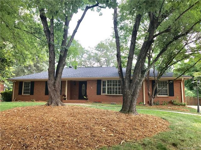 716 Nestle Way, Charlotte, NC 28211 (#3303947) :: Stephen Cooley Real Estate Group