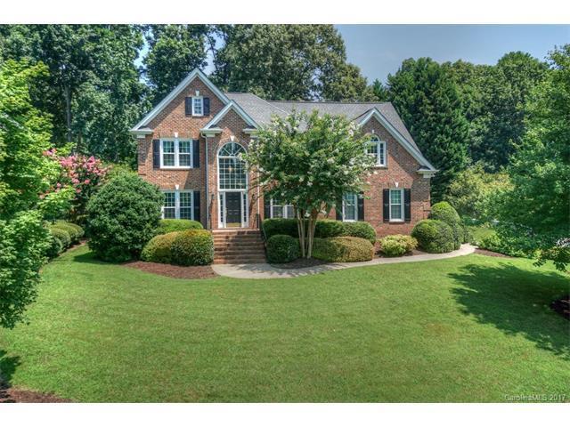 9700 St Barts Lane, Huntersville, NC 28078 (#3304015) :: Puma & Associates Realty Inc.