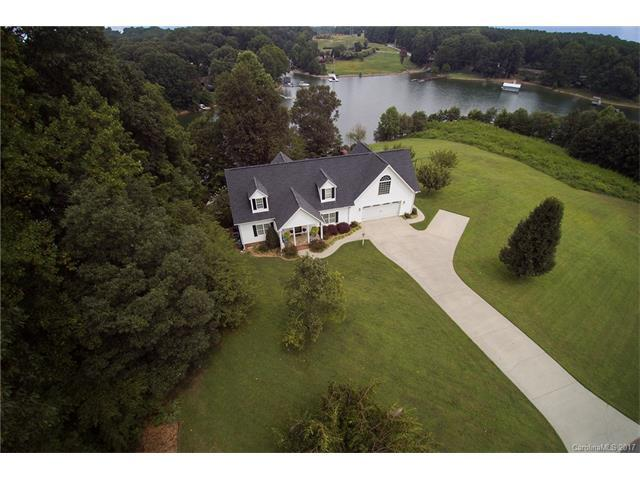 4720 Little Creek Drive, Denver, NC 28037 (#3304683) :: Cloninger Properties
