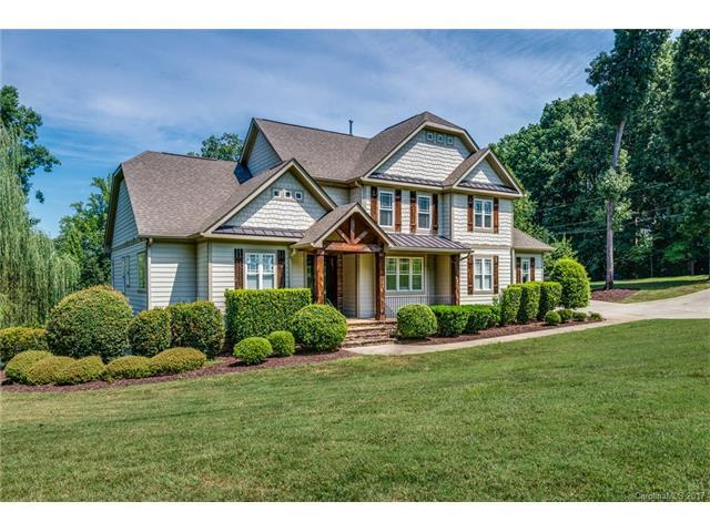 13825 Island Drive, Huntersville, NC 28078 (#3304931) :: Cloninger Properties