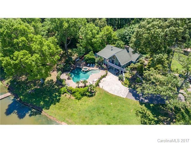 14316 Beatties Ford Road, Huntersville, NC 28078 (#3305373) :: Carlyle Properties