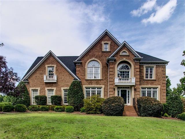 18434 River Ford Drive, Davidson, NC 28036 (#3305409) :: The Temple Team