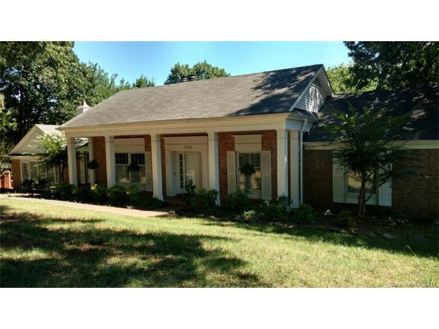 7105 Hopeton Road, Charlotte, NC 28210 (#3306198) :: Exit Mountain Realty