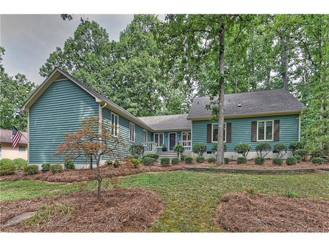 10 Timberidge Court, Lake Wylie, SC 29710 (#3306404) :: High Performance Real Estate Advisors