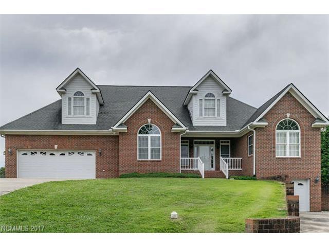 719 Neely Road, Brevard, NC 28712 (#3308726) :: Puffer Properties