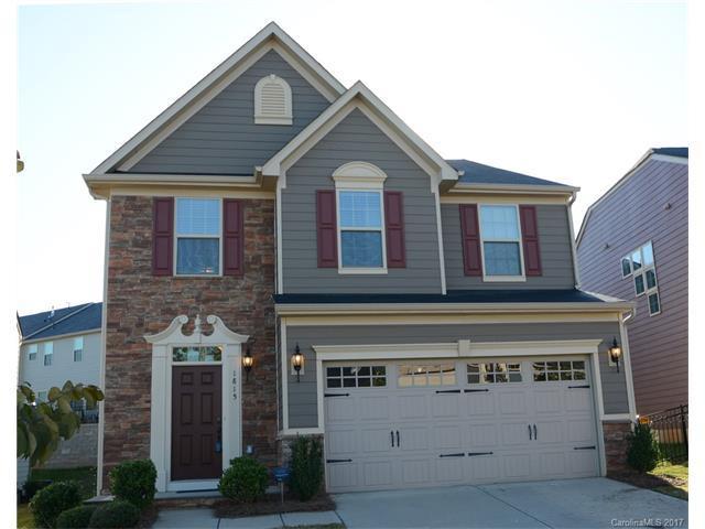1815 Fleetwood Drive, Charlotte, NC 28208 (#3309567) :: Rinehart Realty