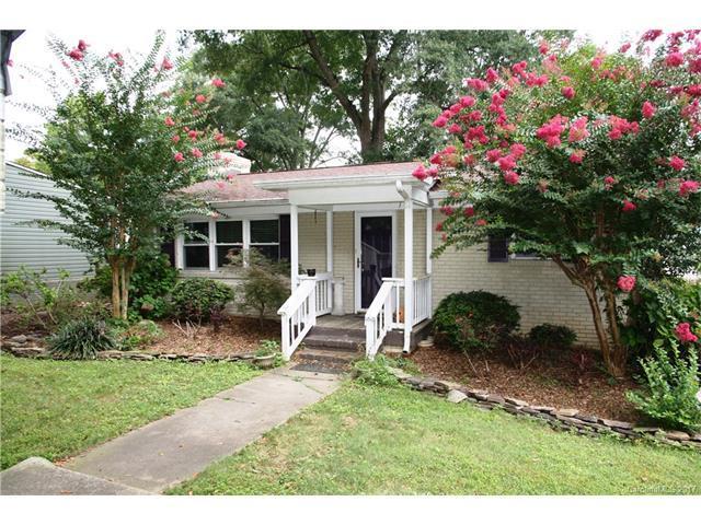 1901 Lake Drive, Charlotte, NC 28214 (#3310023) :: Keller Williams