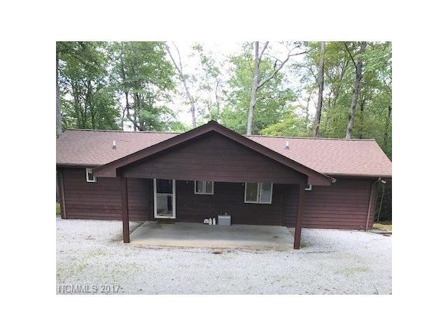 283 Cherokee Circle, Lake Toxaway, NC 28747 (#3310212) :: Puffer Properties