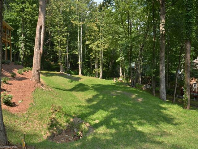 132 Loafer Lane, Waynesville, NC 28785 (#3310250) :: Mossy Oak Properties Land and Luxury