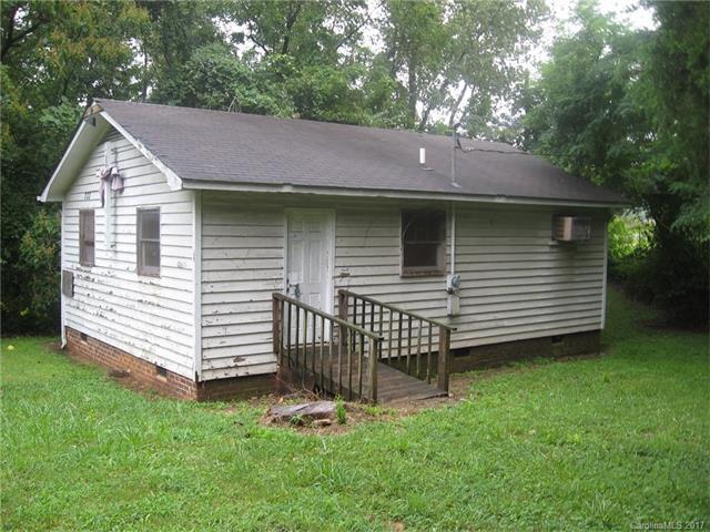 633 Tennyson Drive, Charlotte, NC 28208 (#3310880) :: The Ramsey Group