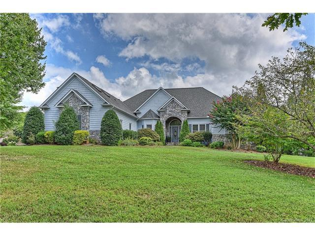 19308 River Crossing Boulevard, Davidson, NC 28036 (#3310960) :: The Andy Bovender Team