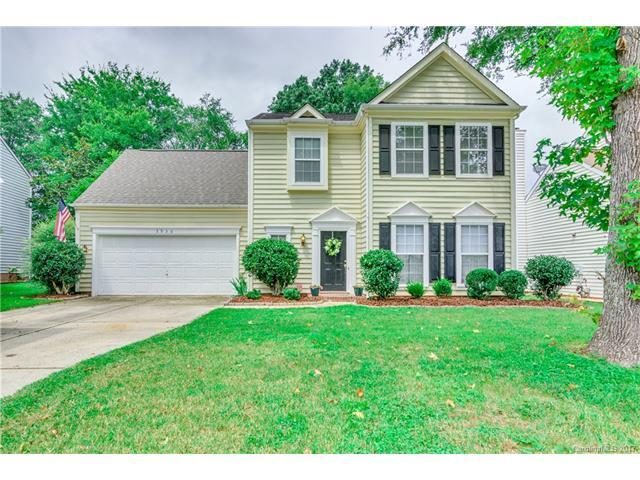 5936 Downfield Wood Drive, Charlotte, NC 28269 (#3311210) :: The Ramsey Group