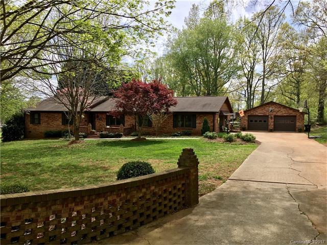 1401 Arden Drive, Lincolnton, NC 28092 (#3311753) :: Cloninger Properties