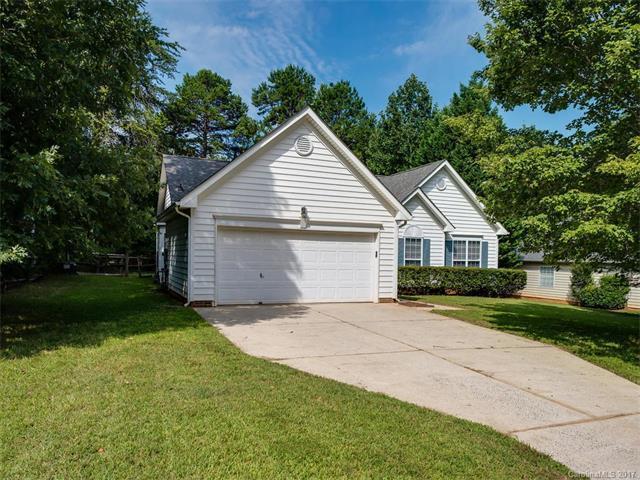 13113 Peacock Lane, Charlotte, NC 28215 (#3312113) :: SearchCharlotte.com