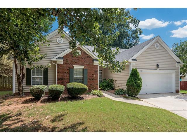 9429 Olivia Lane #16, Charlotte, NC 28277 (#3312370) :: The Ramsey Group