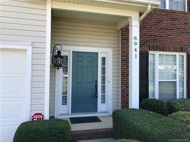 8941 Coppermine Lane, Charlotte, NC 28269 (#3312528) :: The Ramsey Group