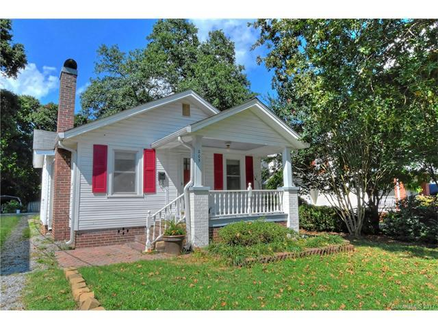 205 Summit Avenue, Mount Holly, NC 28120 (#3312555) :: The Ramsey Group