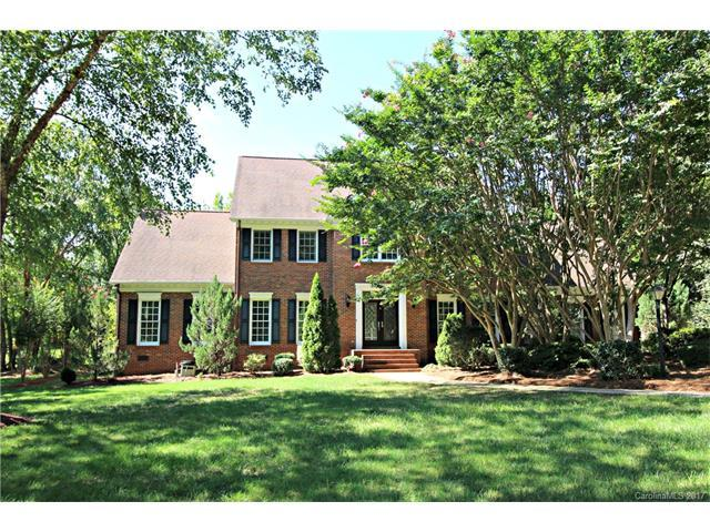 1612 Chadmore Lane NW, Concord, NC 28027 (#3312574) :: Team Honeycutt