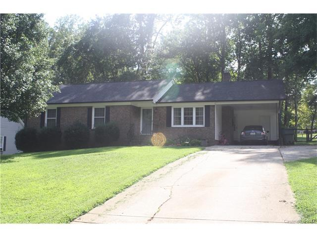 701 Hickory Hill Court, Gastonia, NC 28054 (#3312855) :: LePage Johnson Realty Group, Inc.