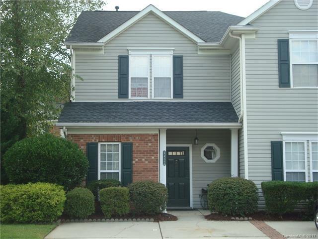 9452 Kimmel Lane, Charlotte, NC 28216 (#3312931) :: SearchCharlotte.com