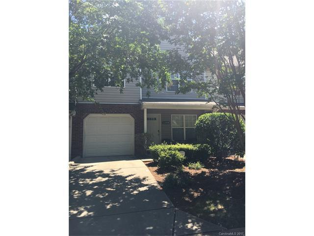 11308 Yellow Spaniel Court, Charlotte, NC 28269 (#3313025) :: The Ramsey Group