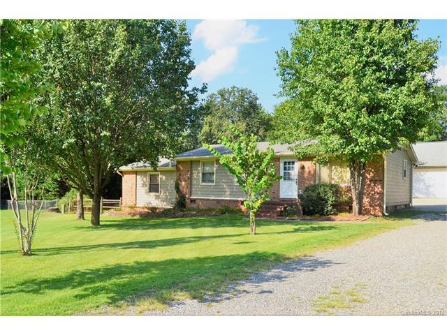 3668 Fieldcrest Circle NW, Concord, NC 28027 (#3313366) :: The Ann Rudd Group