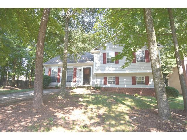 3140 Periwinkle Court, Charlotte, NC 28269 (#3313404) :: LePage Johnson Realty Group, Inc.