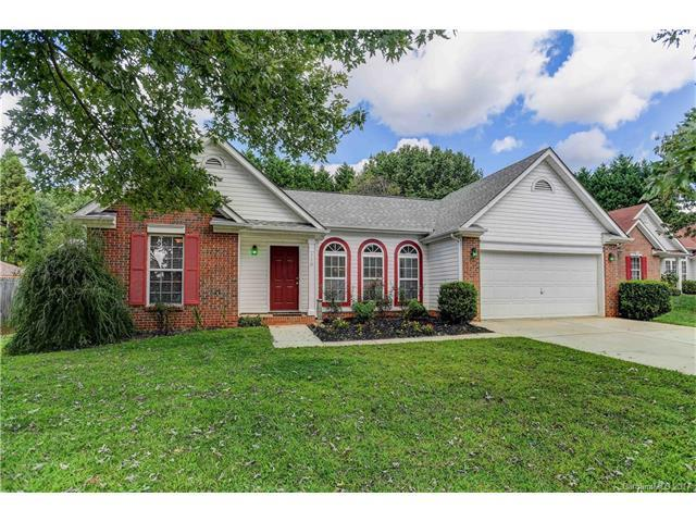 110 Round Keep Lane, Mooresville, NC 28117 (#3313656) :: LePage Johnson Realty Group, Inc.