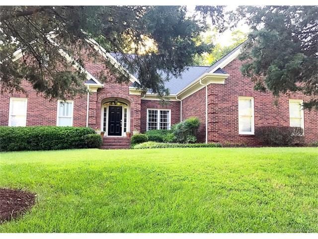 5729 Maylandia Road, Charlotte, NC 28269 (#3313728) :: Leigh Brown and Associates with RE/MAX Executive Realty