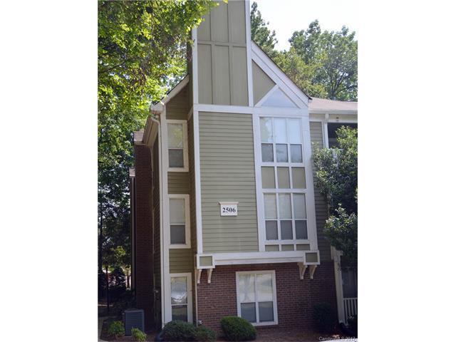 2506 Cranbrook Lane, Charlotte, NC 28207 (#3314925) :: Team Lodestone at Keller Williams SouthPark