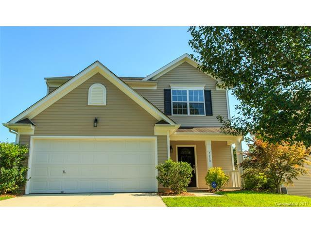 7038 Advocator Lane, Charlotte, NC 28216 (#3319357) :: Berry Group Realty