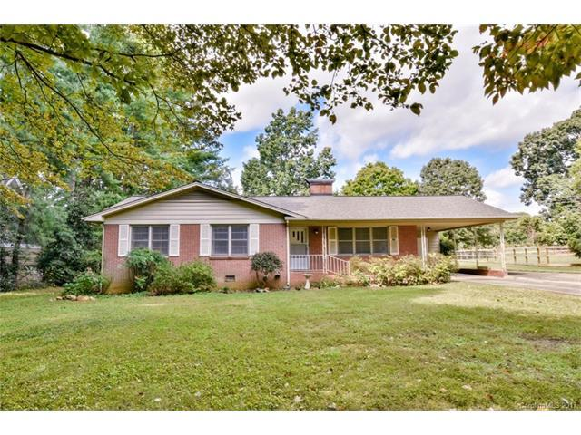 120 Manor Circle, Mooresville, NC 28115 (#3319616) :: Besecker Homes Team