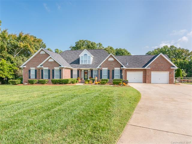 7541 Norman Island Drive, Cornelius, NC 28031 (#3319666) :: LePage Johnson Realty Group, Inc.