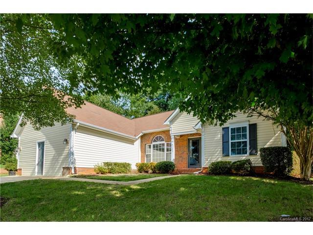 124 Round Keep Lane, Mooresville, NC 28117 (#3320264) :: LePage Johnson Realty Group, Inc.