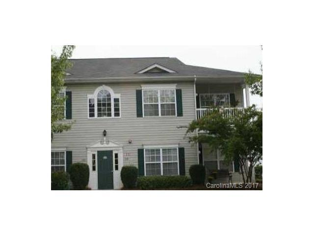 21232 Hickory Street, Cornelius, NC 28031 (#3320904) :: Besecker Homes Team