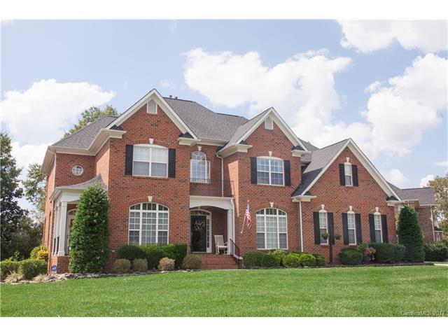 1601 Emerald Lake Drive #28, Matthews, NC 28104 (#3321353) :: Berry Group Realty