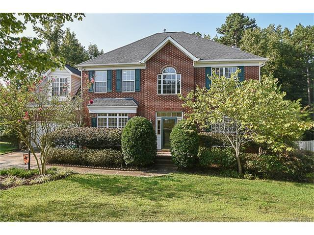 1908 Thornblade Ridge Drive, Matthews, NC 28105 (#3321585) :: Berry Group Realty