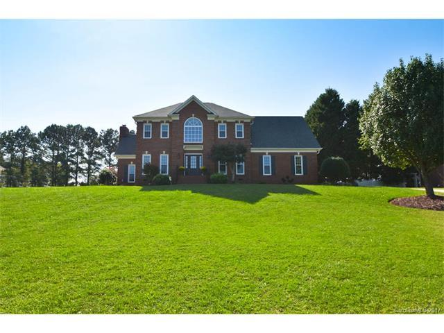 7013 High Meadow Drive, Matthews, NC 28104 (#3322578) :: Leigh Brown and Associates with RE/MAX Executive Realty