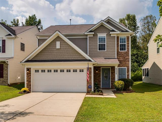 9228 Clifton Meadow Drive, Matthews, NC 28105 (#3322632) :: The Beth Smith Shuey Team