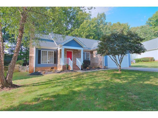 4427 Gladwood Lane, Charlotte, NC 28269 (#3322651) :: LePage Johnson Realty Group, Inc.