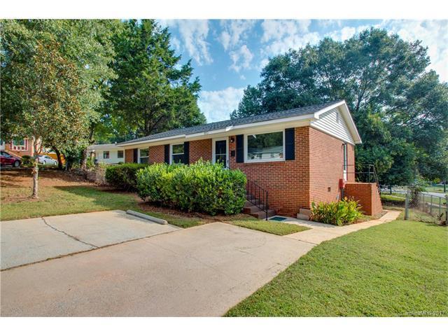 9513 Greyleaf Place #9, Charlotte, NC 28210 (#3322772) :: Team Lodestone at Keller Williams SouthPark