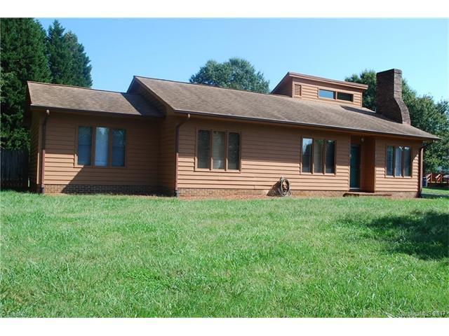 174 Sunnydell Lane, Mocksville, NC 27028 (#3322779) :: Exit Mountain Realty