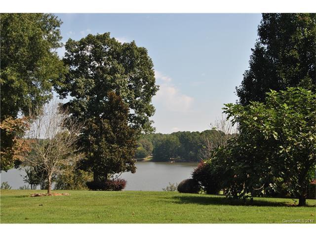 2820 Lake Front Drive, Belmont, NC 28012 (#3323020) :: Rinehart Realty