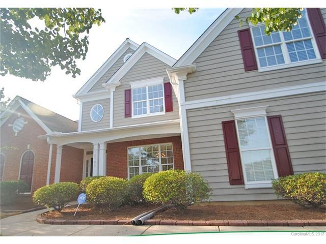 10905 Knight Castle Drive, Charlotte, NC 28277 (#3323415) :: Carlyle Properties