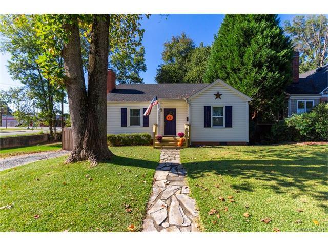 2632 Commonwealth Avenue, Charlotte, NC 28205 (#3324916) :: Pridemore Properties