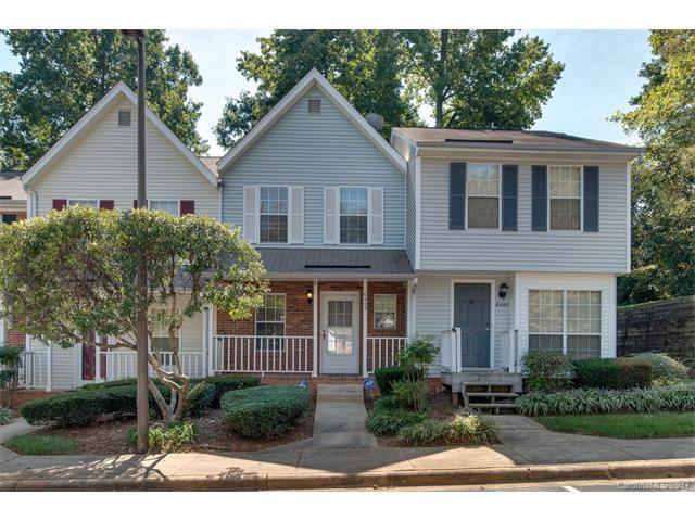 6443 Windsor Gate Lane, Charlotte, NC 28215 (#3325862) :: The Elite Group