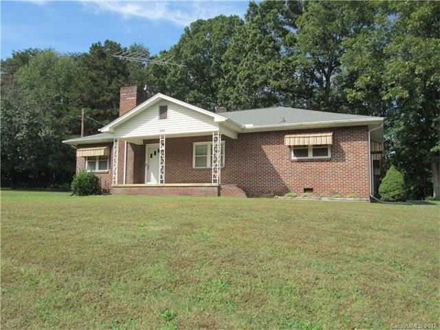 3424 Hickory Highway, Statesville, NC 28677 (#3327011) :: LePage Johnson Realty Group, Inc.